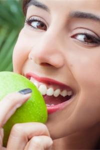 Shutterstock Healthy Gums Apple