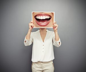 With so many options, finding the best fit for a cosmetic dentist in OKC can be daunting. Dr. Joe Isaacson gives some tips on how to tackle this.